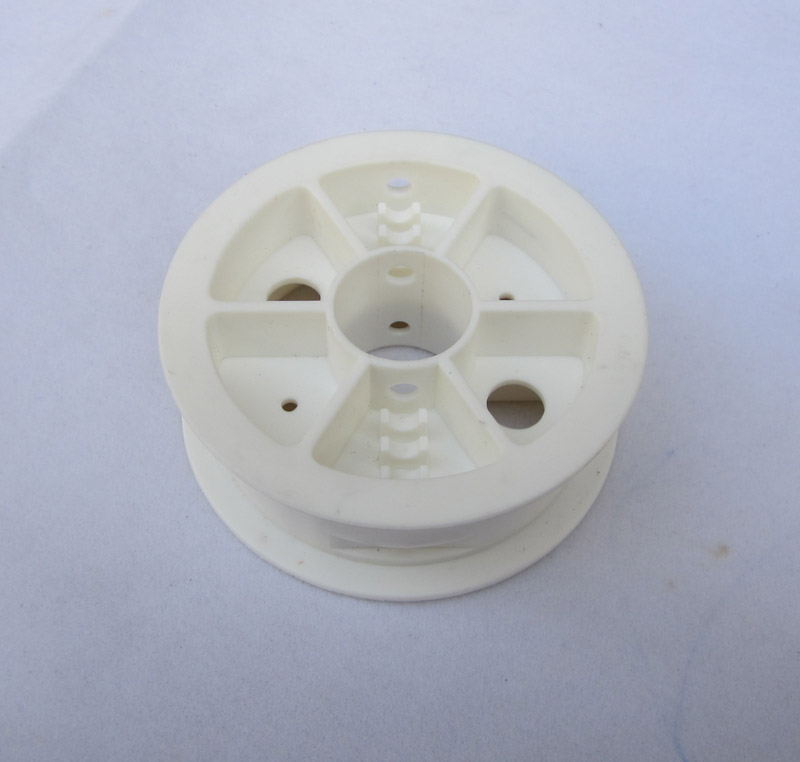 White Nylon Wheels Roller