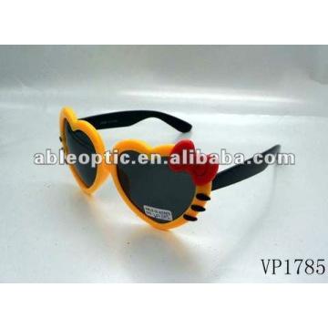 Lindos óculos de sol bonitos da moda