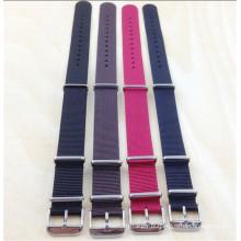 Yxl-456 18mm 20mm 22mm 24mm montre sangle de ceinture, sangle de montre en nylon de l'OTAN, en acier inoxydable boucle dames hommes montre-bracelet bande bretelles en gros