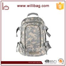 Mochila al aire libre de la mochila del camuflaje de la capacidad 30-40L Mochila militar