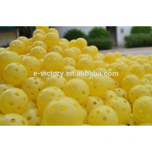Oco perfurado bolas de treinamento de prática de golfe plástico
