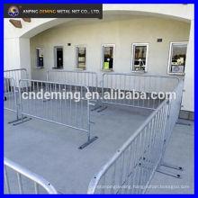 steel crowd control barriers