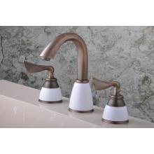 """Q30233A Antique émail trois trous 8 """"robinet de bassin"""