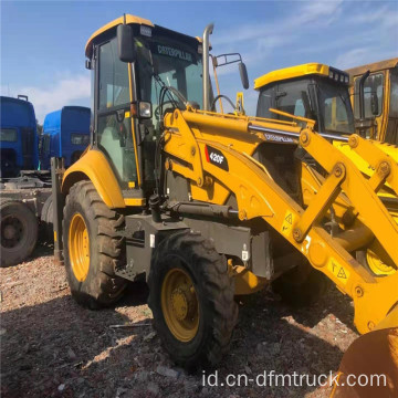 Backhoe Loader CAT 420f bekas