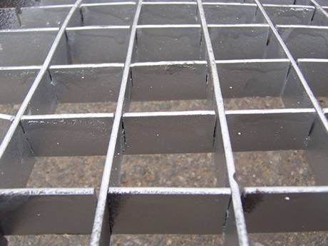 Zinc Coated Plug Steel Grating
