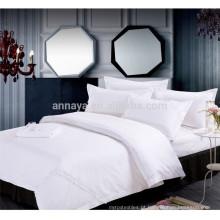 2015 New Plain Branco poli / tecido de algodão bordado Hotel Folha de Folha Set