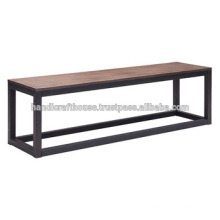 Banc industriel en métal étroit et en bois