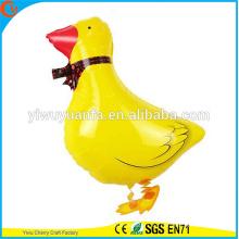 Diseño de la novedad que camina el juguete del globo del animal doméstico que el pato del globo para el regalo del cabrito