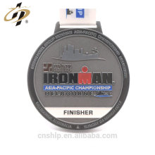 Customize antique zinc alloy metal finisher award medal for iron man