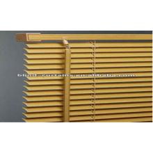 Stores en bois de haute qualité pour fenêtre