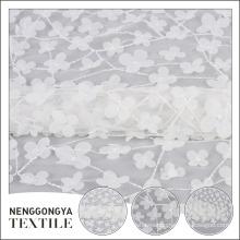 Nuevo diseño hermoso tul de malla de poliéster floral gasa tela
