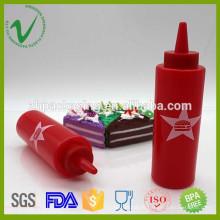 Bouteille en plastique rouge vide et blend en plastique LDE avec impression logo