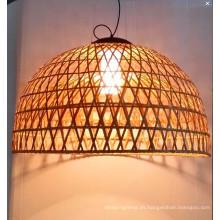 Lámpara colgante de interior de ratán natural de estilo country