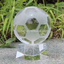 кристалл футбол для сувениров или подарков