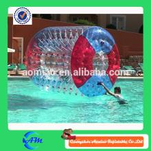 Rolo inflável da água da alta qualidade agradável com cor vermelha e azul para a venda