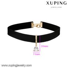 43704 xuping à la mode plus large en cuir collier triangle noble forme pendentif collier bijoux Chine en gros