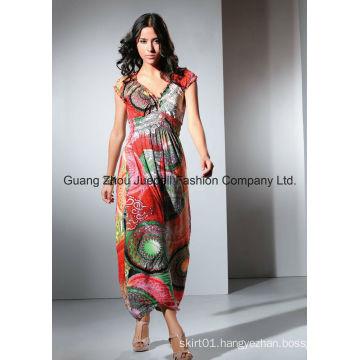 Women Knit Pleated Medallion Print Maxi Dress