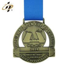 Médaille de powerlifting en métal de sport fait sur commande creuse antique d'or avec le ruban
