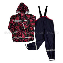 Flower Hooded Reflective PU Rain Jacket/Raincoat