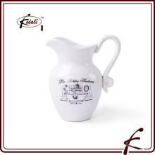 Jarra de agua de cerámica impresa