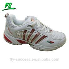 Chaussures de sport de base pour l'été