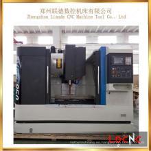 Centro de mecanizado vertical del CNC de la alta precisión de China Vmc1060 para la venta