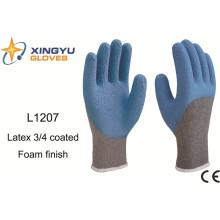 10g T / C espuma de látex Shell 3/4 guantes de trabajo de seguridad recubiertos (L1207)