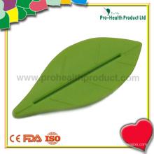 Пластиковая пластиковая соковыжималка для зубной пасты в форме листа (pH09-005)