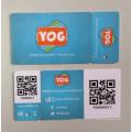 Carte de code à barres dans la carte personnalisée à la carte de supermarché et à l'irrégularité