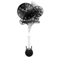 Настенные часы с маятниковым механизмом для украшения дома