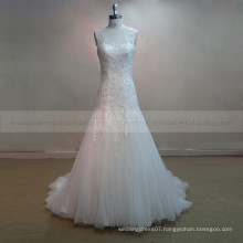 Noble Mermaid Scoop Neck Special Lace & Beads Wedding Party Dress With Buttons