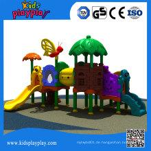 Lustiges Plastikschwingen und Dias Spielplatz im Freien für Kinder