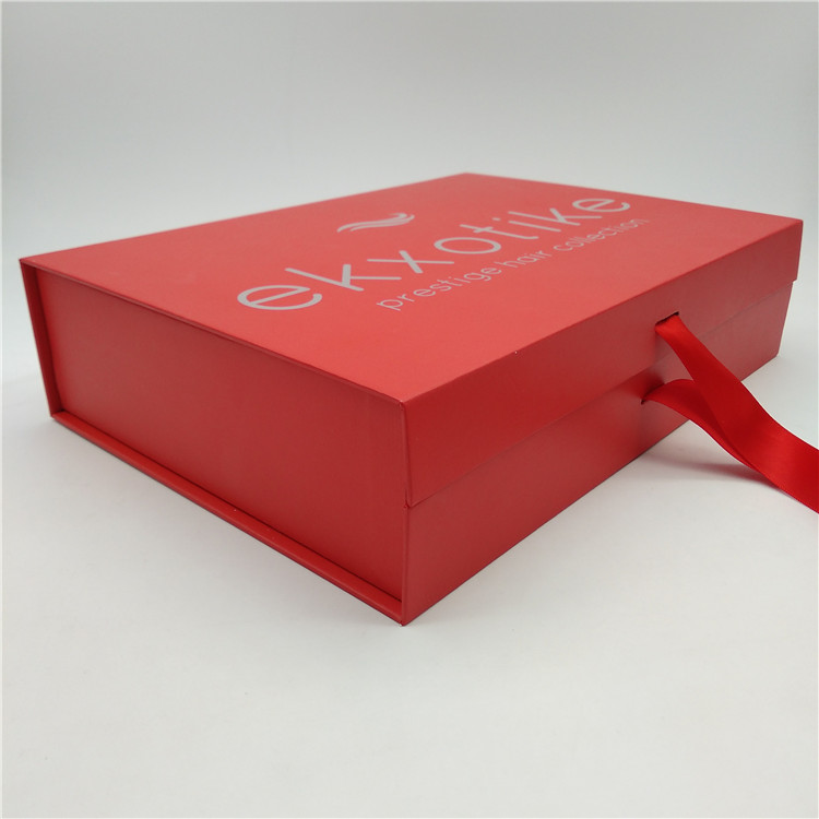 Hair Extension Box With Satin