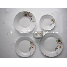 Hermoso diseño de vajilla de porcelana de diseño establece