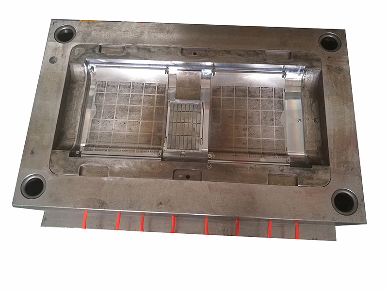 Plastic injection mould cost mould base