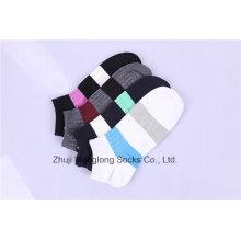 Mode Männer Sport Baumwollsocken aus gekämmter Baumwolle hergestellt