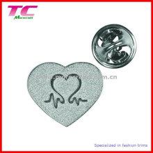 Insigne personnalisé en forme de coeur pour cadeaux promotionnels
