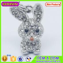 Charme de lapin en cristal de métal mignon / charme animal 3D