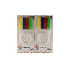 Velas en forma de espiral de colores de perlas altas