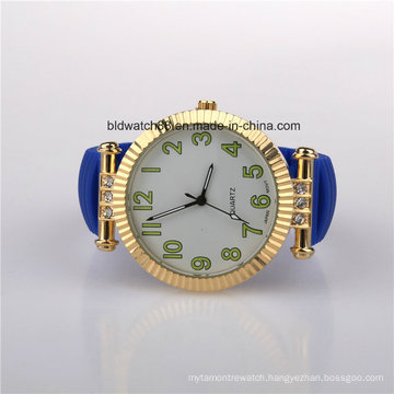 2017 Ladies Fashion Silicone Watches Gold Plated Case