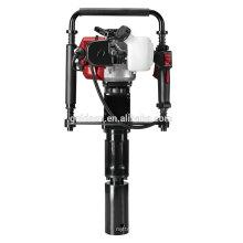 Vendas quentes 50mm 55mm 70mm Petrol Máquina de empilhamento portátil Mini Gasolina Fence T-Post Condução