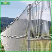 Haute qualité faite en clôture en treillis métallique en Chine