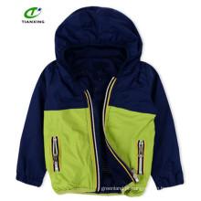 Primavera prático com fecho de correr, casaco gentil com capuz com forro de malha para meninos