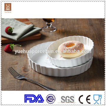 Striped baking ceramic cheap porcelain ramekins plates and cutlery wholesale
