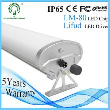 Quallity 1.5m IP65 LED Impermeável luminárias com 5 anos Warrany