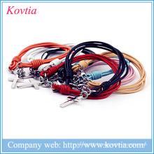 Bracelet en similicuir multicolore bracelet en titane acier croix pendentif accessoires bon marché en stock