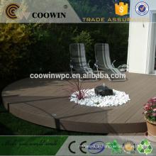 Gummi Holz Kunststoff Composite grau Bodenbelag