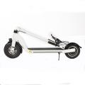 La moto électrique à la mode roule le scooter pour l'adulte