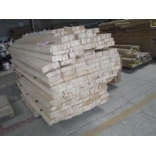 Blocs de tilleul en entrepôt (SGD-W-5159)