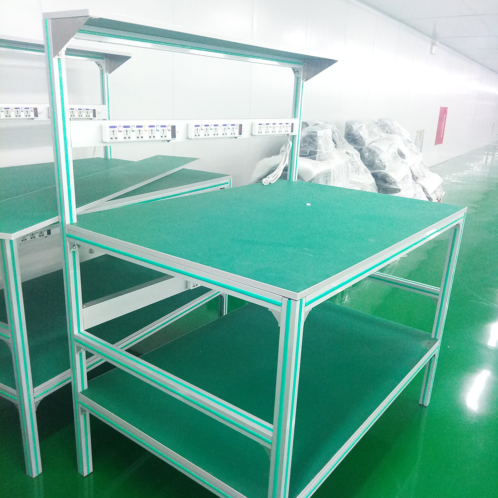 Assembly Table with Aluminum